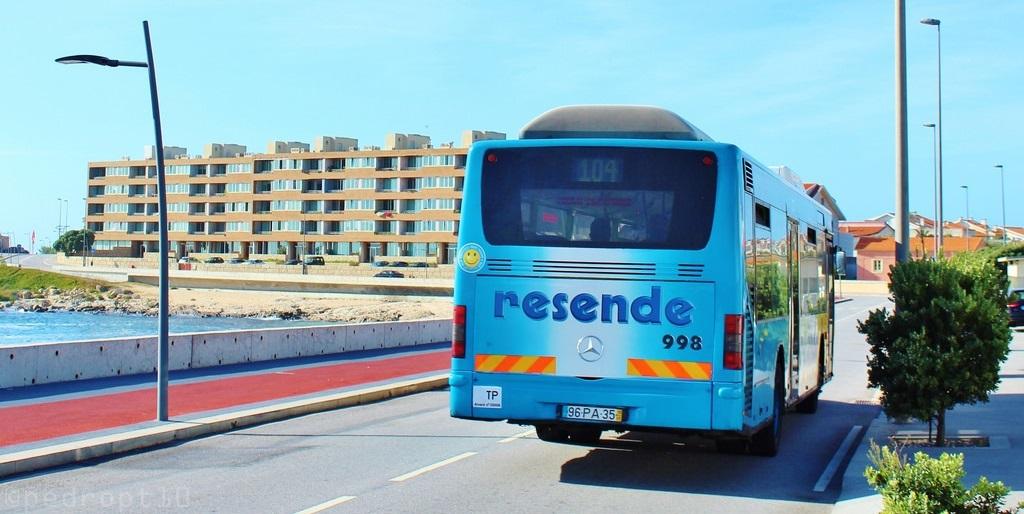 Vá à praia com a Resende!
